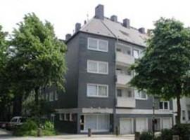 107 m² große Dachgeschoßwohnung. Erstbezug nach Modernisierung.