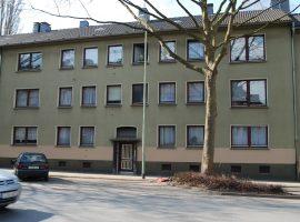 Moderne 2,5 Raum Wohnung mit Gemeinschaftsgarten.