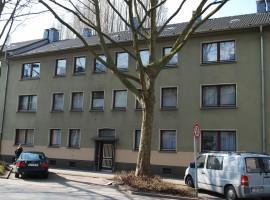 Hübsche 2,5 Raum Wohnung mit offener Küche + Theke.