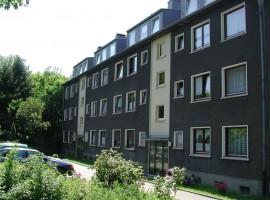 Nähe Uni Duisburg-Essen. Attraktive Wohnung mit Einbauküche!