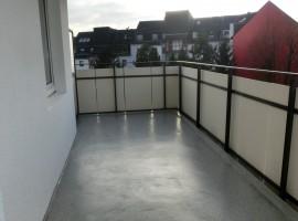 Hübsches Apartement mit großem Balkon und Einbauküche!