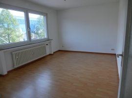 2 Zimmer-Wohnung Nähe Rathaus/ Stadtzentrum!