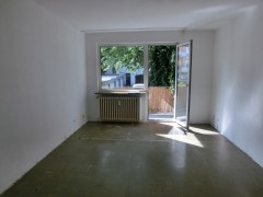 Appartement mit Balkon in ruhige Seitenstraße in Altendorf!
