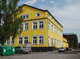 Helle Büroräume in historischen Gebäude an der Berliner Straße