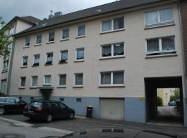 Schöne und gut aufgeteilte Erdgeschoss Wohnung im Stadtteil Holsterhausen, Grenze Frohnhausen.