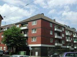 Gemütliche Dachgeschoss-Wohnung mit großer Küche!