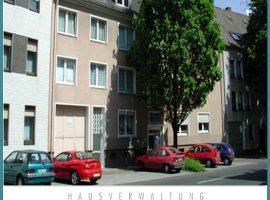 Erdgeschosswohnung, Gasetagenheizung, Isolierfassade