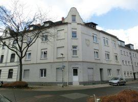 3-Zimmer-Wohnung in ruhiger Seitenstraße!