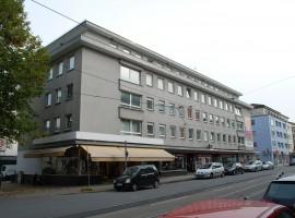 Ganz Nah am Aalto-Theater, RWE-Tower und Innenstadt