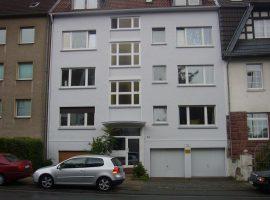 2 Zimmer-Wohnung mit direktem Zugang in den Gemeinschaftsgarten! Nähe Bahnhof Essen-Süd.