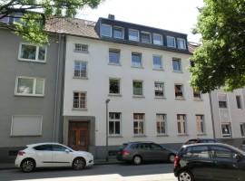 Charmante Wohnung mit hohen Decken, Parkett, Terrasse und Garten! Ruhige Lage in Rüttenscheid!