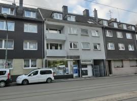 Dachgeschoss-Wohnung - 3 Monate mietfrei für Selbstrenovierer!