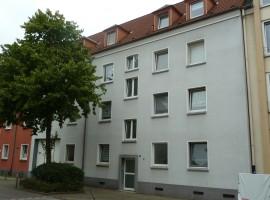 Ruhige Seitenstrasse. Nähe Bauhaus Schederhofstrasse.