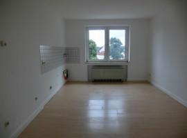 Zentrale Lage in Essen-Holsterhausen! 1-Raum-Apartment mit großer Küche!