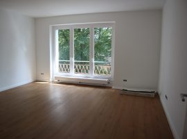 Modernisierte und bezugsfertige 3 Zimmer-Wohnung in ruhiger und dennoch zentraler Lage!