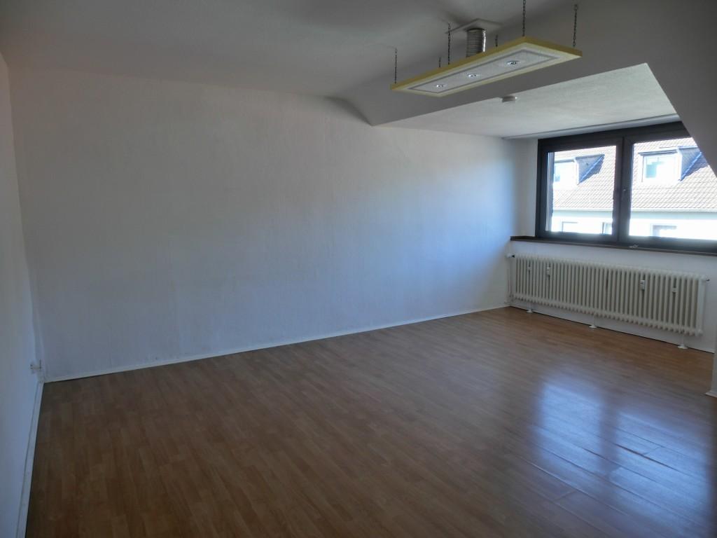 3 zimmer wohnung grenze gelsenkirchen n he revierpark. Black Bedroom Furniture Sets. Home Design Ideas