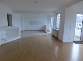 4 Zimmer-Wohnung mit Balkon und Stellplatz in E-Rüttenscheid!