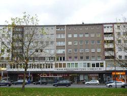 180 m².  WG geeignet! Nähe Uni-Duisburg-Essen und Innenstadt.