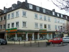 Nähe Allee Center in Altenessen. Komplett renoviert und bezugsfertig. Mit Arbeitszimmer.