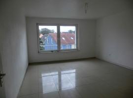 Hübsche Wohnung mit modernem Badezimmer in zentraler Lage!