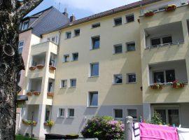 Erdgeschosswohnung mit großer Küche und Balkon in ruhiger Lage von Rüttenscheid!