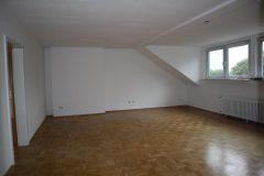4-Zimmer-Wohnung! Eigener Garten mit Gartenlaube! Garagenanmietung möglich! Nähe Fahrradtrasse!