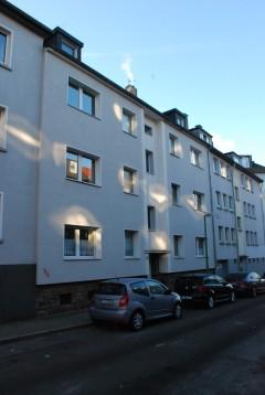 Gute geschnittene 2 Raumwohnung mit modernem Bad und Balkon in Frohnhausen