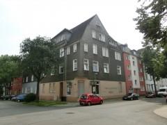 3,5 Raum Wohnung in ruhiger Seitenstrasse. Gervinuspark in der Nähe.