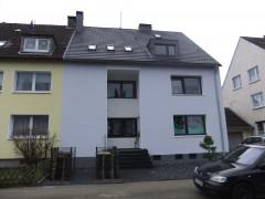 Gemütliche 2-Zimmer-Dachgeschosswohnung im 3-Familienhaus in ruhiger Lage!