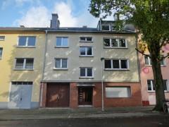 Ruhige Lage im Stadtteil! Schöne 2-Zimmer-Wohnung mit Balkon!