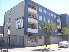 3 Zimmer-Wohnung mit Balkon gegenüber vom Allee-Center!