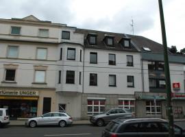 Bredeney Mitte, Zentrale Lage Dachgeschoss mit Balkon, Altbau