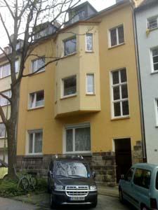 Hübsche Altbau Wohnung Nähe Uni-Klinikum Essen mit Wohnküche und Balkon.
