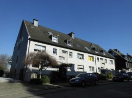 Gemütliche, helle Dachgeschosswohnung in ruhiger Lage