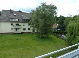 Maisonette Wohnung mit Balkon im Grünen. Erstbezug nach Komplettsanierung.