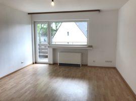 Helle 2-Raum-Wohnung mit Balkon und Aufzug