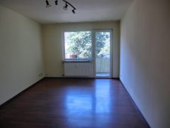 2-Zimmer-Wohnung mit Balkon! Schöne Raumaufteilung!
