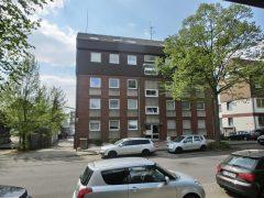 Gut geschnittene 3 Zimmer-Wohnung mit Balkon am Wolfsbankring!
