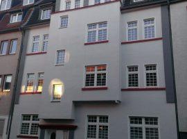 Dachgeschosswohnung im schönen Altbau. Im Herzen von Rüttenscheid.