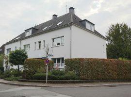 Renovierte Dachgeschosswohnung in 3 FH mit Aussicht, Essen-Werden