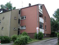 Gute Wohnlage an der Grenze zum Stadtteil Schönebeck. Komplett renoviert und bezugsfertig.