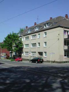 Mit 360° Ansicht! 2,5 Raum Wohnung mit Balkon in Essen Altendorf. Mit Nachtspeicher-Heizung.