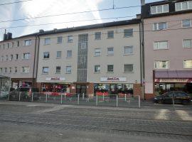 2-Zimmerwohnung mit Balkon in zentraler Lage! Wohnung liegt komplett zur ruhigen Hofseite!