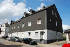 Modernisierte Wohnung im Altbau, 2 Zimmer, Küche, Diele, modernes Bad