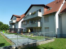 Schöne Dachgeschoss Wohnung mit Balkon in der 2.Etage. WBS-Schein erforderlich!Garage möglich!