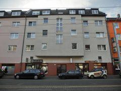 2-Zimmer-Wohnung mit großem Sonnenbalkon in zentraler Lage!