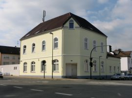 4-Zimmer-Wohnung Nähe Schloßpark!